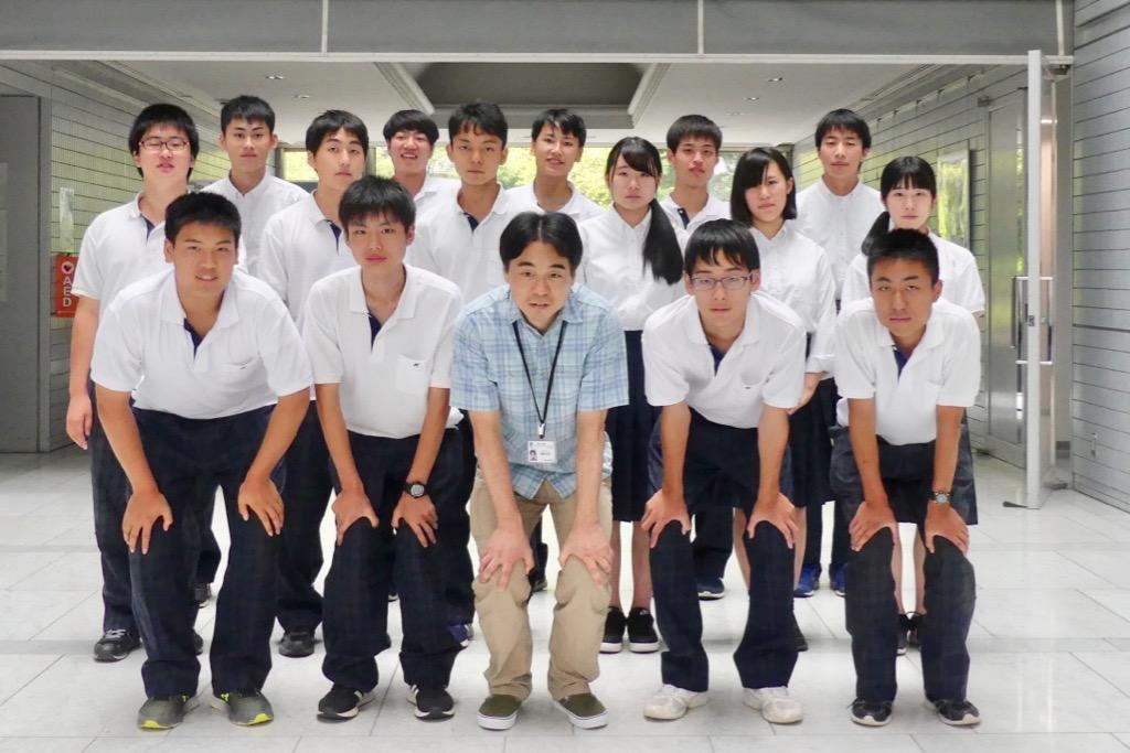 柏原高校生徒と廣島研究員